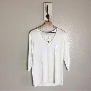 GAP • White Cotton Long Sleeve V Neck Blouse